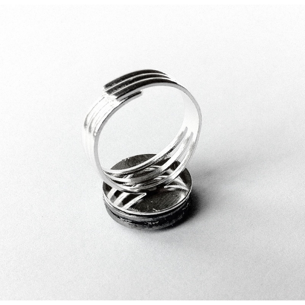 Silver Mens Hubcap Ring Back