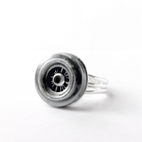 Adjustable Mens Hubcap Ring