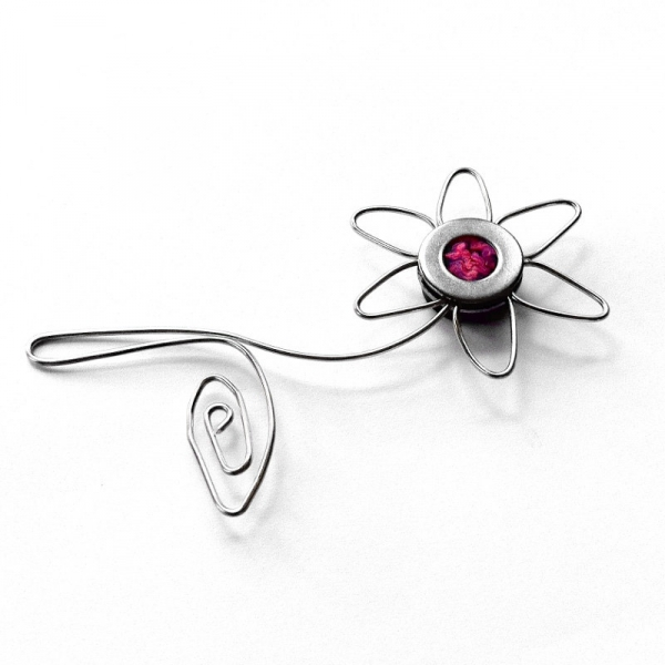 Silver Wire Flower Magnet