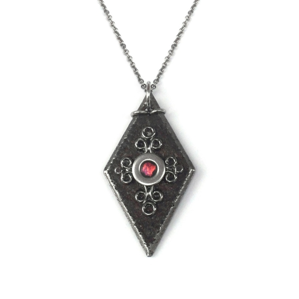 Cool Jewelry - Wiccan Black Diamond The Vampire Diaries Necklace