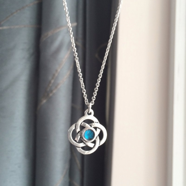 Irish Pride Jewelry for Her with Aqua Blue Center Steel Chain