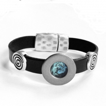 Black Leather Bracelet for Man - Magnetic Closure