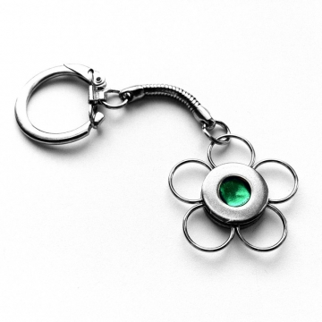 Metal Flower Key Chain Emerald Green